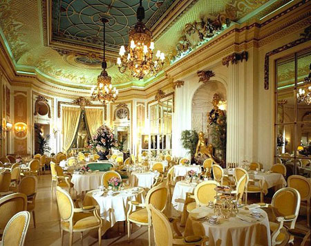 Ritz.palmcourt